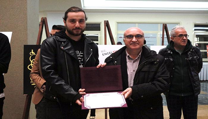 Doğuş Üniversitesi Sanat ve Tasarım Fakültesi Grafik Bölümü 3. Sınıf öğrencimiz Deniz ŞEN'in Başarısı